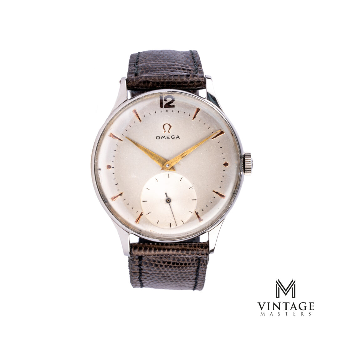 vintage Omega calatrava 2317-15 1951 sub second watch front