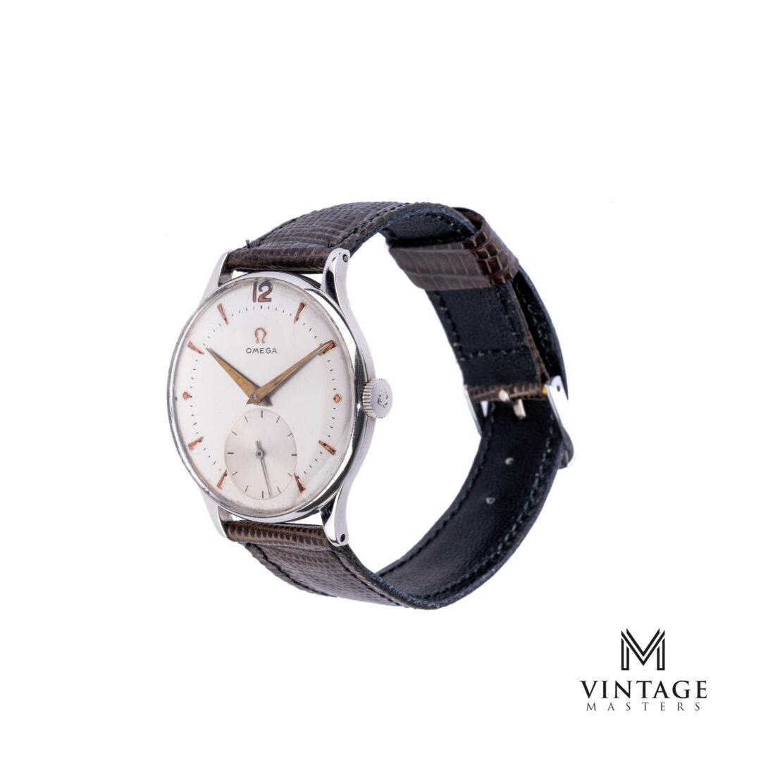 vintage Omega calatrava 2317-15 1951 sub second watch side