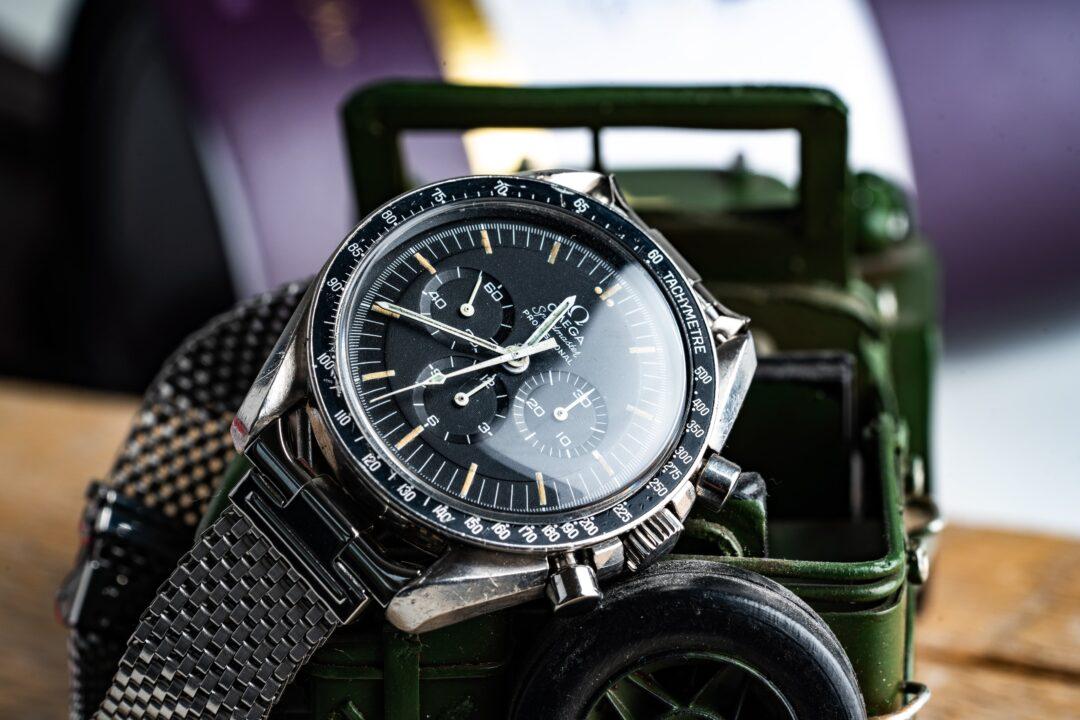 vintage omega speedmaster 145022-69 straight writing