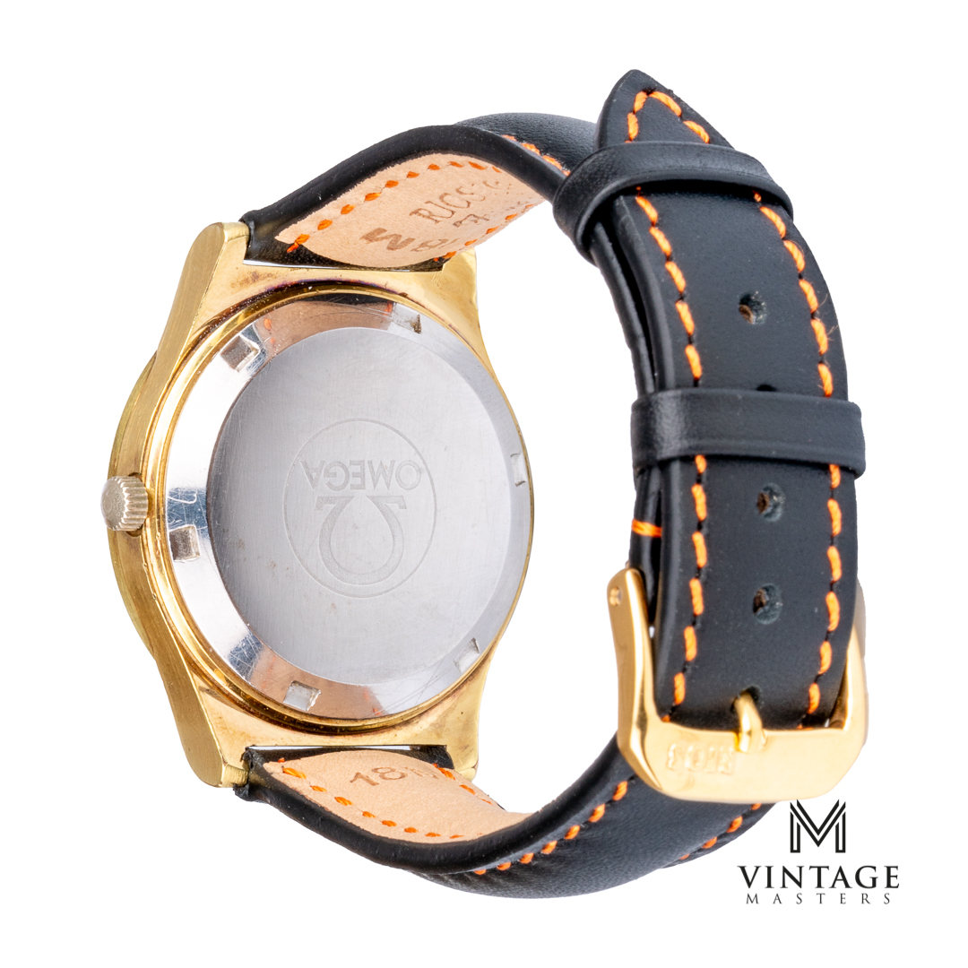 vintage Omega geneve day-date 1660169 cal 1022 watch caseback