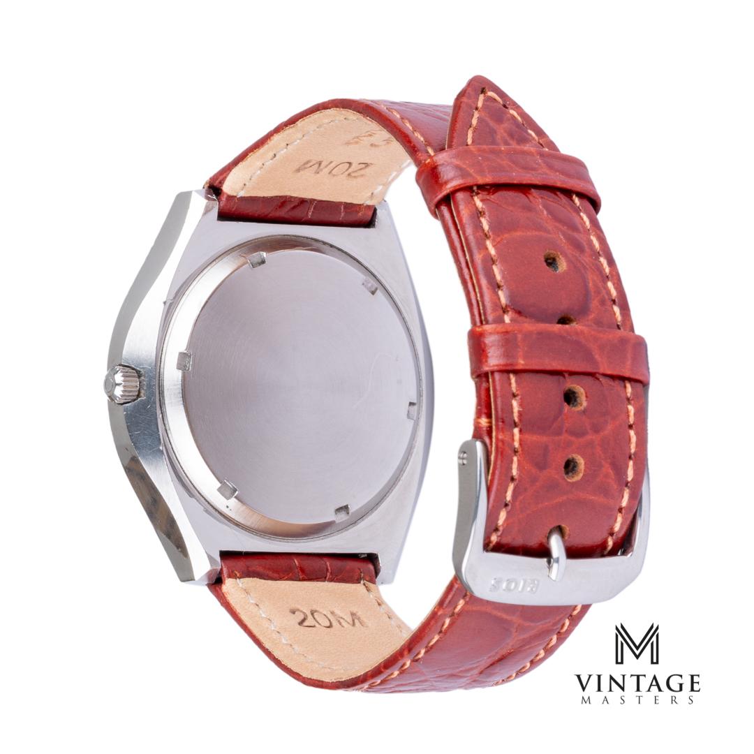 Vintage Omega 198020 Geneve f300hz chronometer watch back
