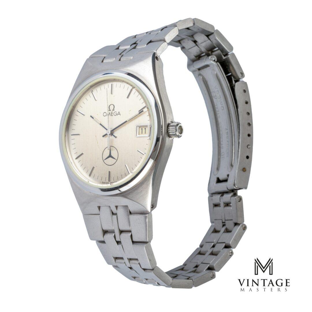 Vintage Omega Seamaster mercedes quartz 196095 cal 1342 side