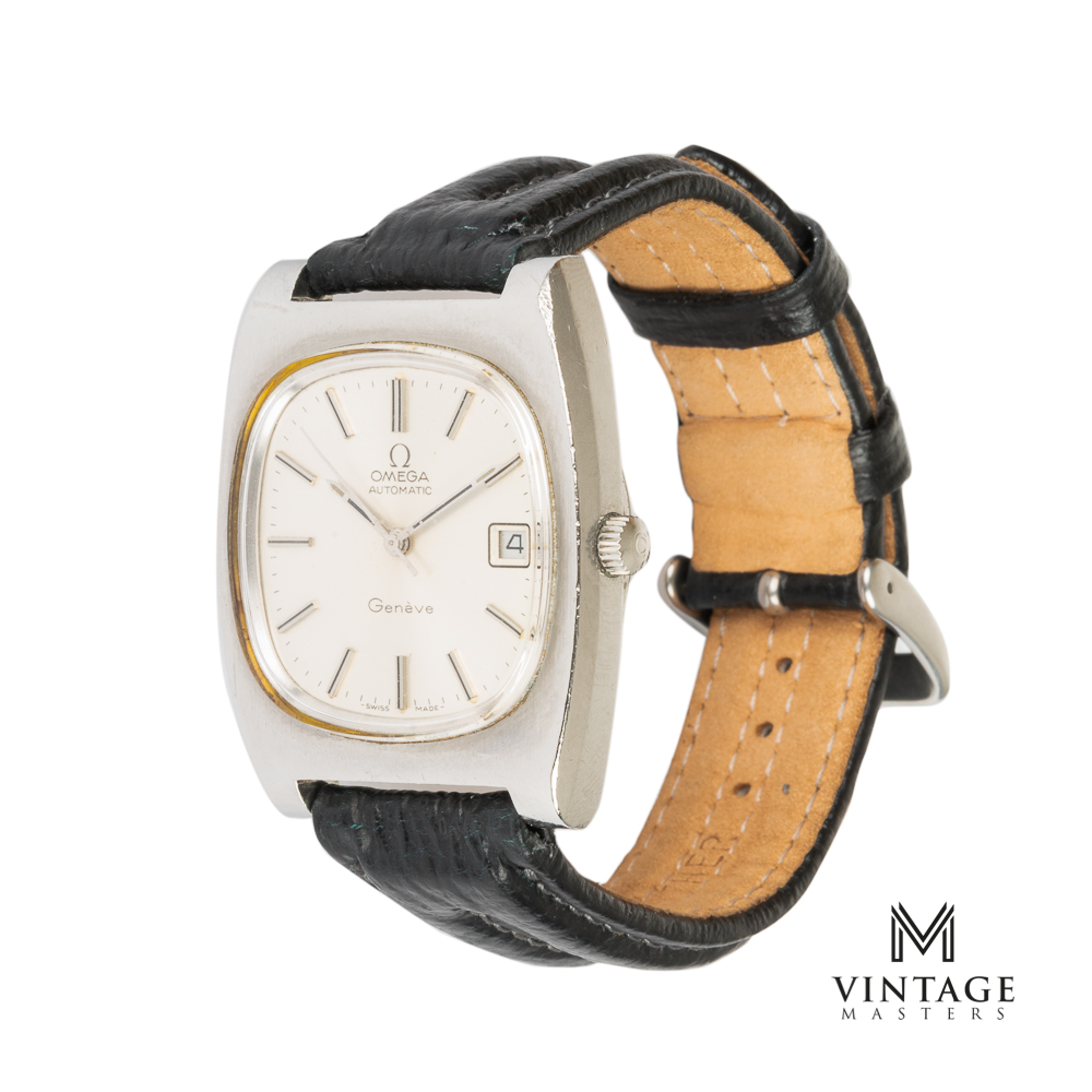 vintage Omega Geneve 1660190 JUMBO from 1974 side
