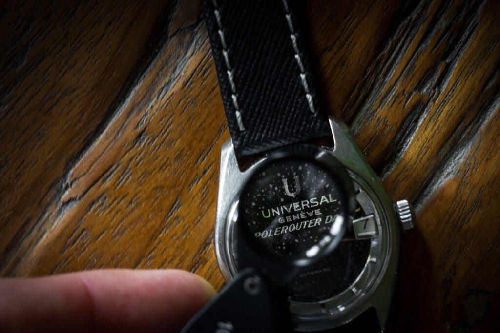 vintage universal geneve polerouter black white