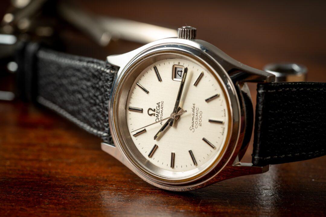 vintage omega seamaster cosmic 2000 166.0218 watch dial