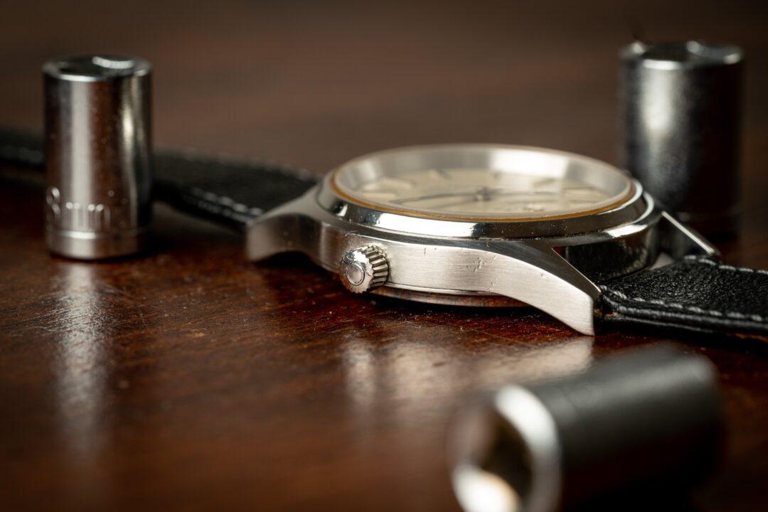 vintage omega seamaster cosmic 2000 166.0218 watch crown
