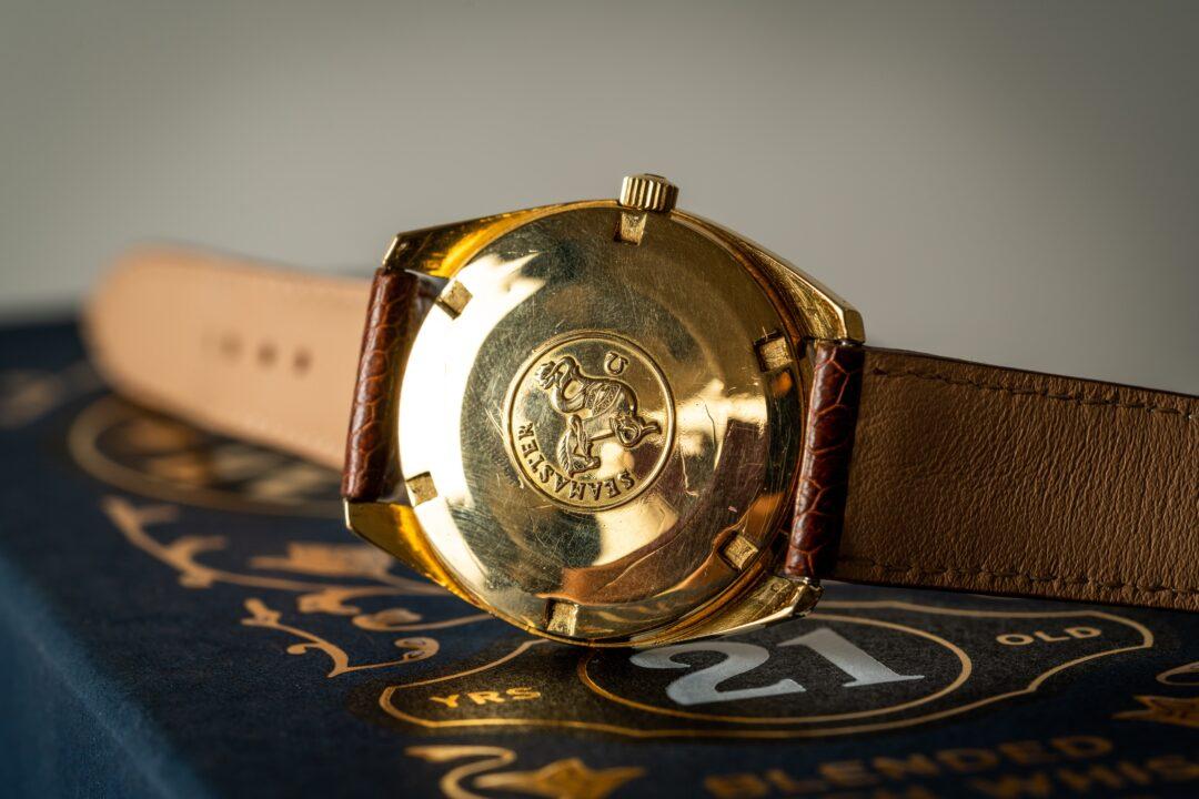 vintage omega seamaster chronometer 168022 18k solid gold caseback