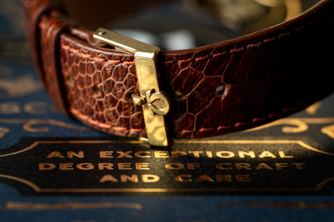 Omega original gold plated buckle