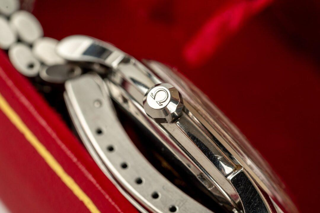 vintage omega constellation 168001 jumbo watch with original beads of rice bracelet crown
