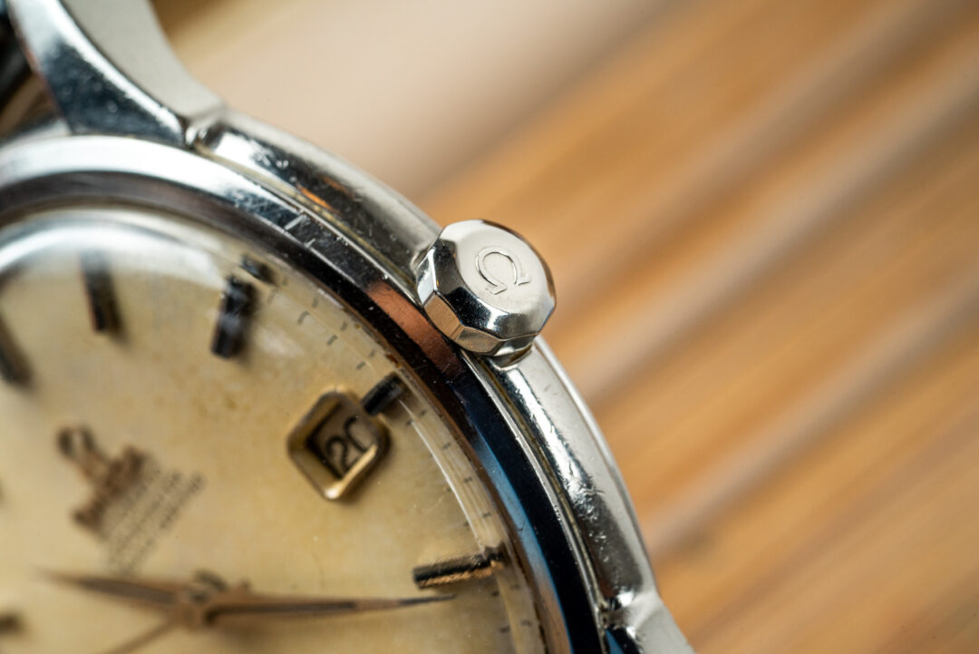 vintage omega 168.001 jumbo constellation watch crown